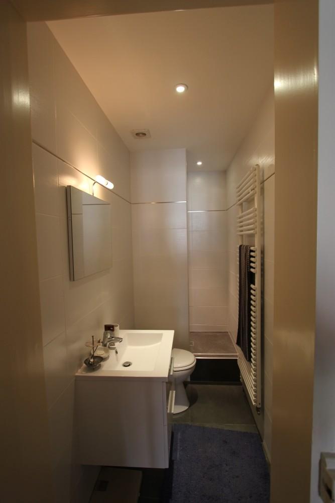 Salle de bain 7m2 en longueur