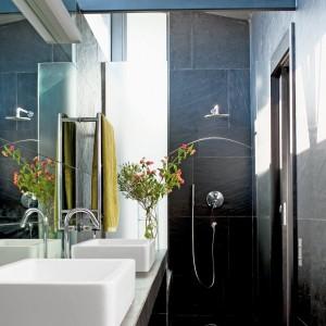 Am nager salle de bain en longueur salle de bain id es - Agencement salle de bain en longueur ...