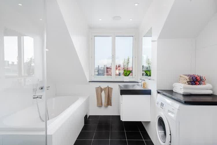 amenagement salle de bains 5m2. Black Bedroom Furniture Sets. Home Design Ideas