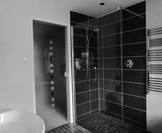 idee deco salle de bain douche italienne meilleures images d 39 inspiration pour votre design de. Black Bedroom Furniture Sets. Home Design Ideas