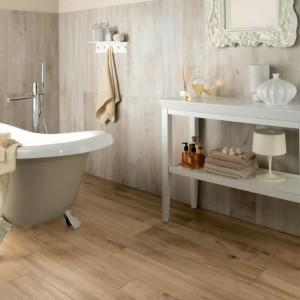 parquet stratifi salle de bain hydrofuge salle de bain. Black Bedroom Furniture Sets. Home Design Ideas