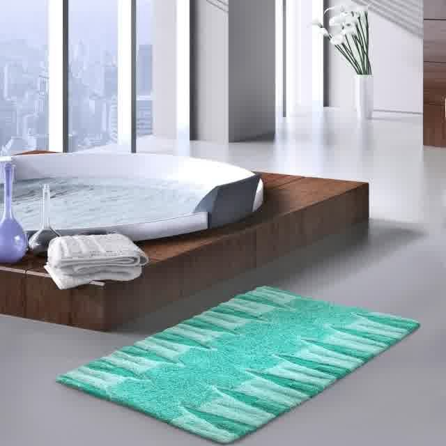 tres grand tapis de salle de bain salle de bain id es. Black Bedroom Furniture Sets. Home Design Ideas