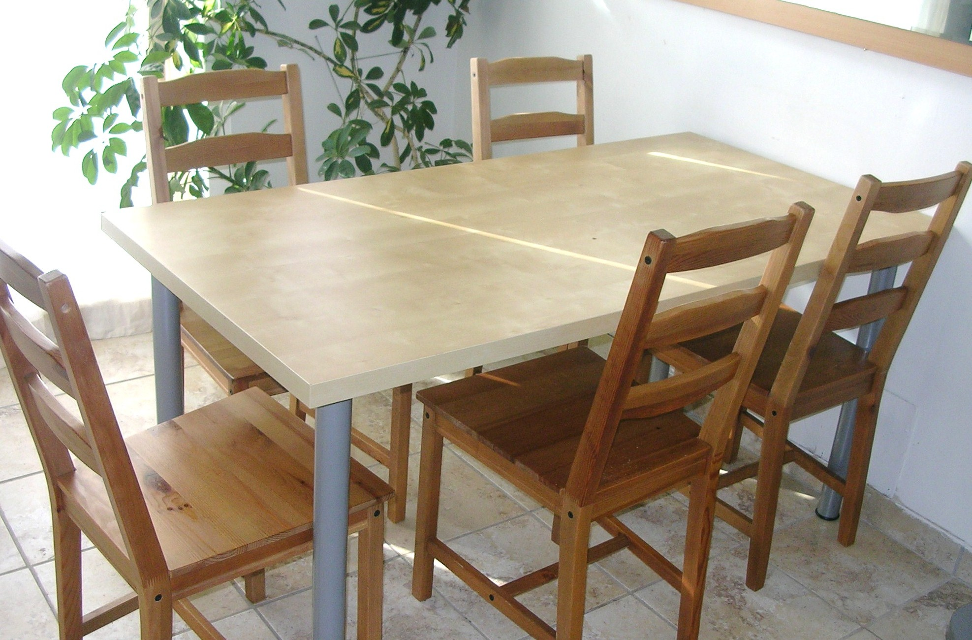 Affordable ensemble table et chaises de cuisine ikea with for Table chaise ikea