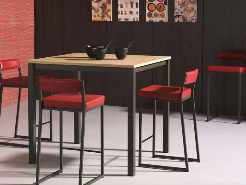 Table et chaises de cuisine contemporaine chaise id es for Table cuisine contemporaine