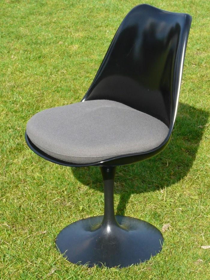 chaise pied tulipe occasion chaise id es de d coration de maison v9lpwlqno3. Black Bedroom Furniture Sets. Home Design Ideas