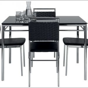 table pliante avec 4 chaises int gr es chaise id es de. Black Bedroom Furniture Sets. Home Design Ideas