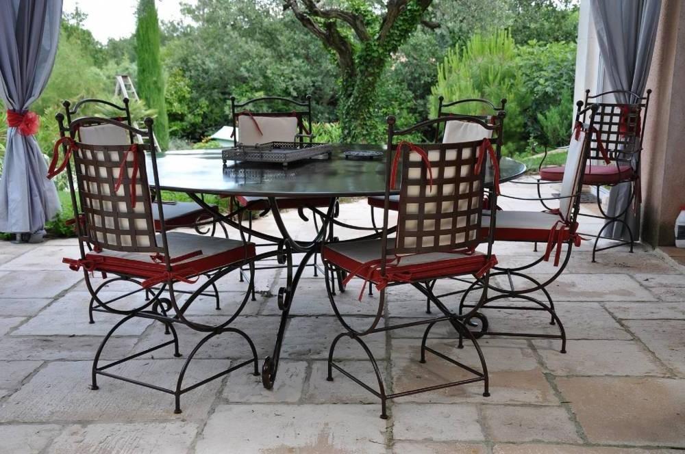 Ensemble Table Et Chaises En Fer Forgé