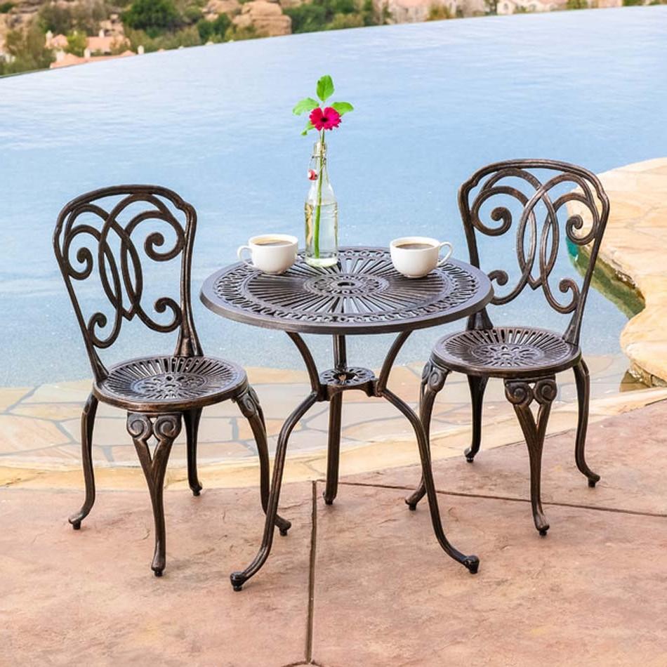 Petite Table Et Chaises De Balcon