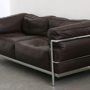 canap le corbusier lc2 canap id es de d coration de. Black Bedroom Furniture Sets. Home Design Ideas
