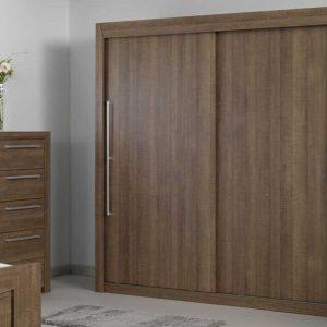 Armoire chambre coucher bois massif armoire id es de for Chambre bois massif