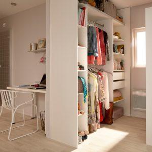 dressing sous comble ikea armoire id es de d coration de maison eybjpg2lo7. Black Bedroom Furniture Sets. Home Design Ideas