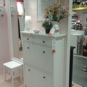 Ikea meuble chaussures miroir armoire id es de for Ikea meuble a chaussures