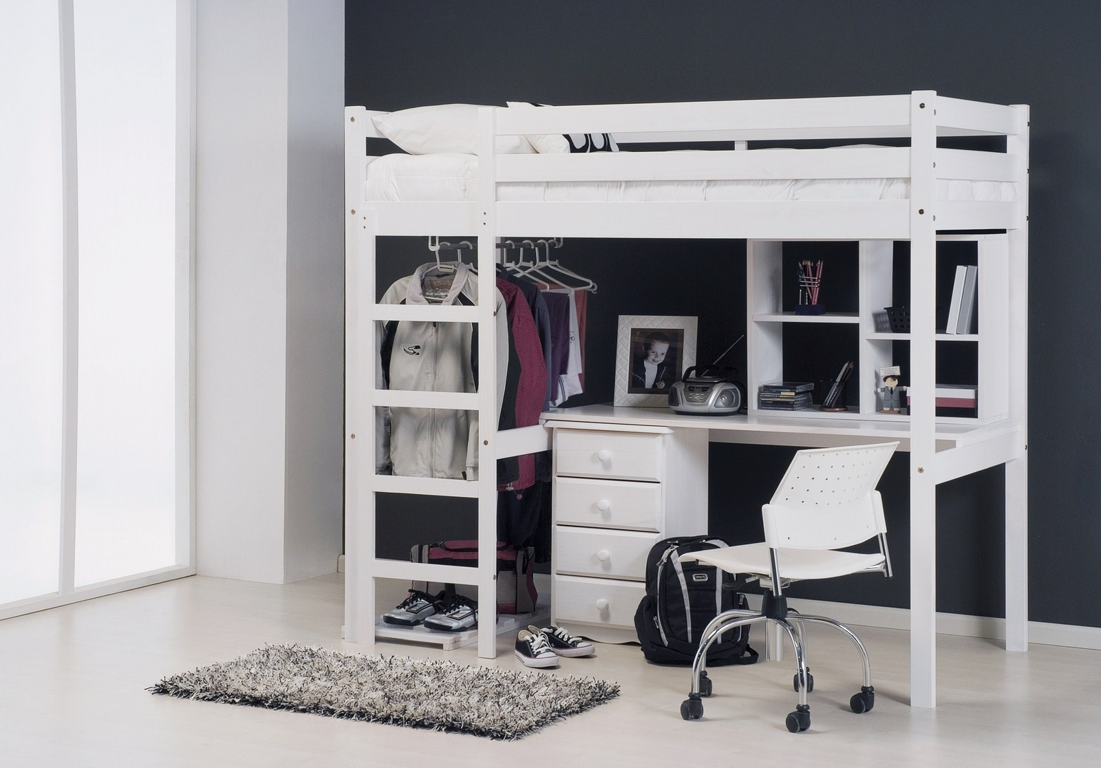 lit mezzanine avec bureau pour ado with chambre ado avec lit mezzanine. Black Bedroom Furniture Sets. Home Design Ideas