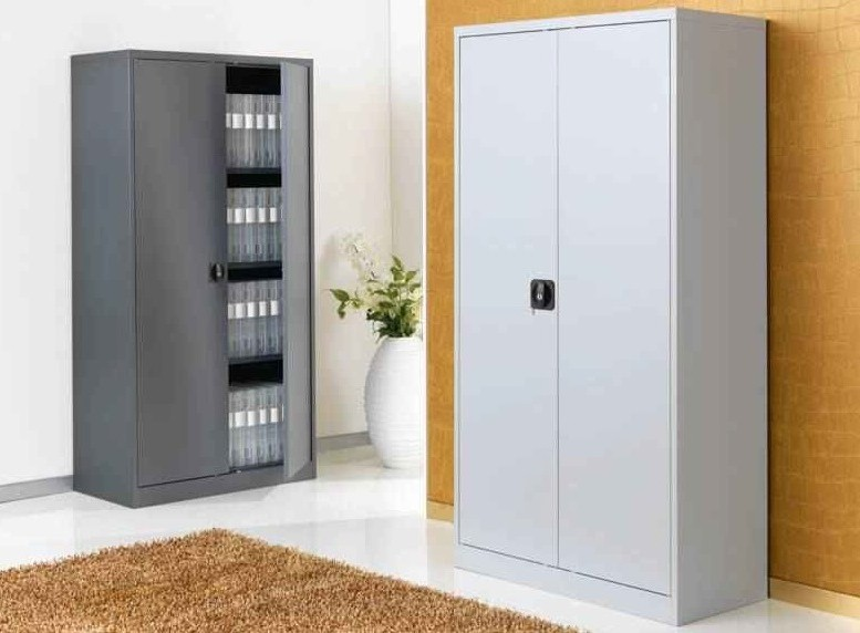 armoire metallique pour garage armoire id es de. Black Bedroom Furniture Sets. Home Design Ideas