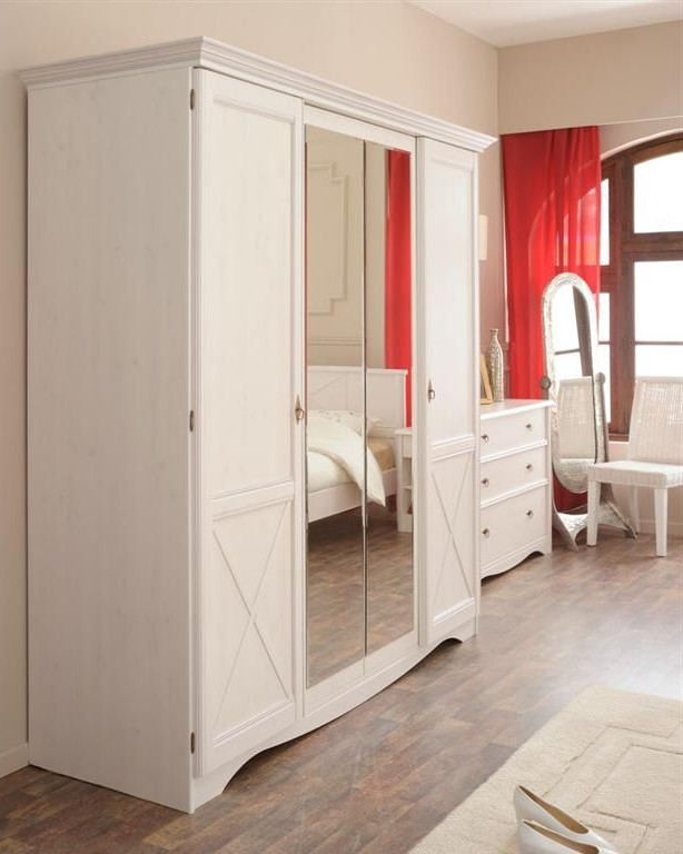 Armoire Pin Blanche