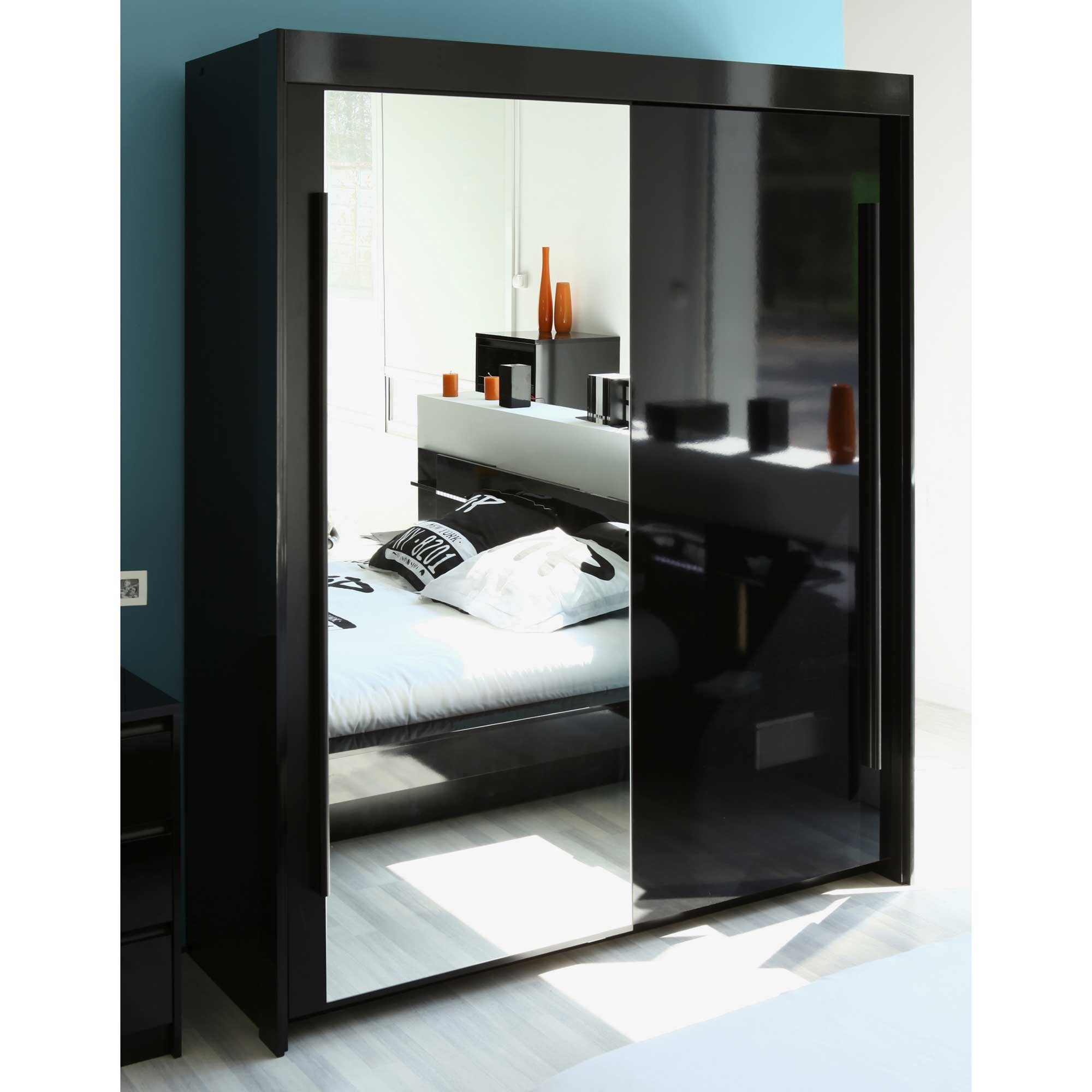 armoire avec miroir chambre armoire id es de. Black Bedroom Furniture Sets. Home Design Ideas