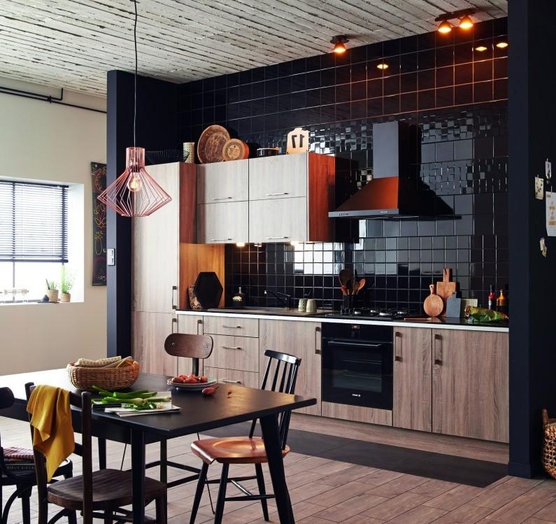 Carrelage mural noir cuisine carrelage id es de for Carrelage mural cuisine noir
