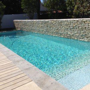 Carrelage pate de verre piscine carrelage id es de d coration de maison - Carrelage piscine pate de verre ...