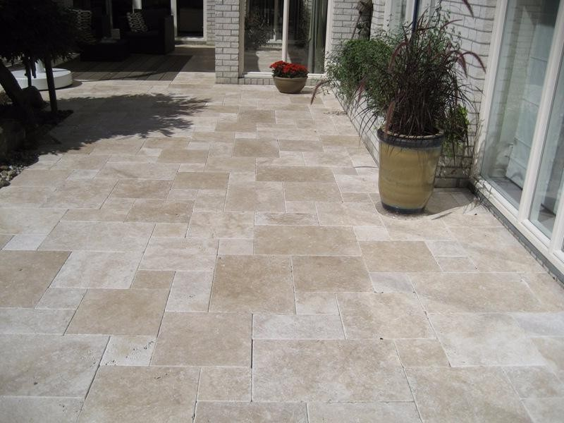 Pierre naturelle castorama good carrelage with pierre for Pose plinthe carrelage castorama