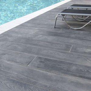 Carrelage pour piscine interieur carrelage id es de - Carrelage pour piscine antiderapant ...