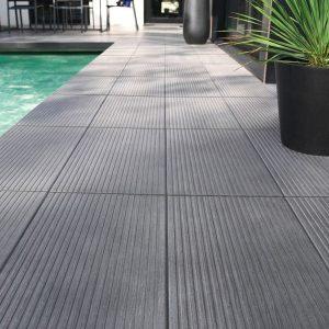 Carrelage exterieur gris pour piscine carrelage id es for Carrelage pour piscine exterieur