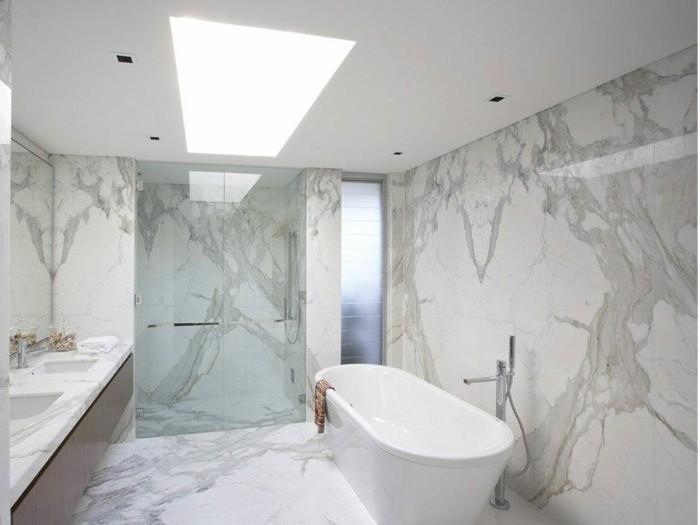 Carrelage salle de bain marbre rose carrelage id es de for Carrelage salle de bain rose