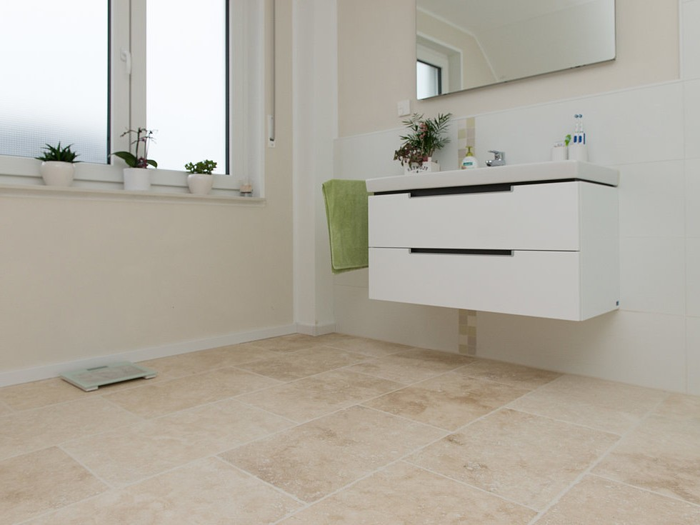 Carrelage travertin salle de bain castorama carrelage - Salle de bain travertin ...