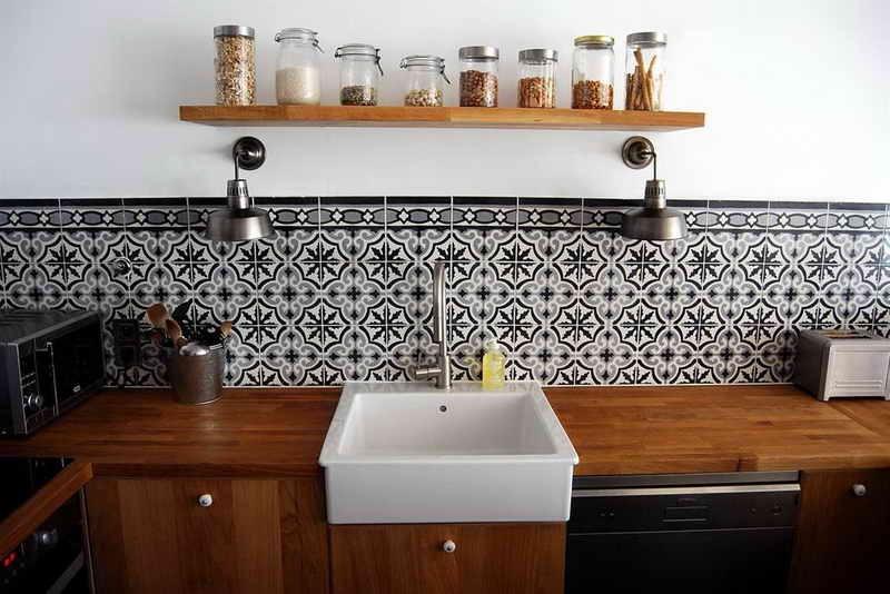 hauteur carrelage cuisine professionnelle carrelage id es de d coration de maison w0bbx6ql8q. Black Bedroom Furniture Sets. Home Design Ideas