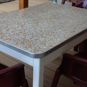 Recouvrir Une Table En Carrelage