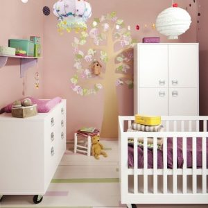 etagere chambre bebe fille chambre id es de d coration. Black Bedroom Furniture Sets. Home Design Ideas