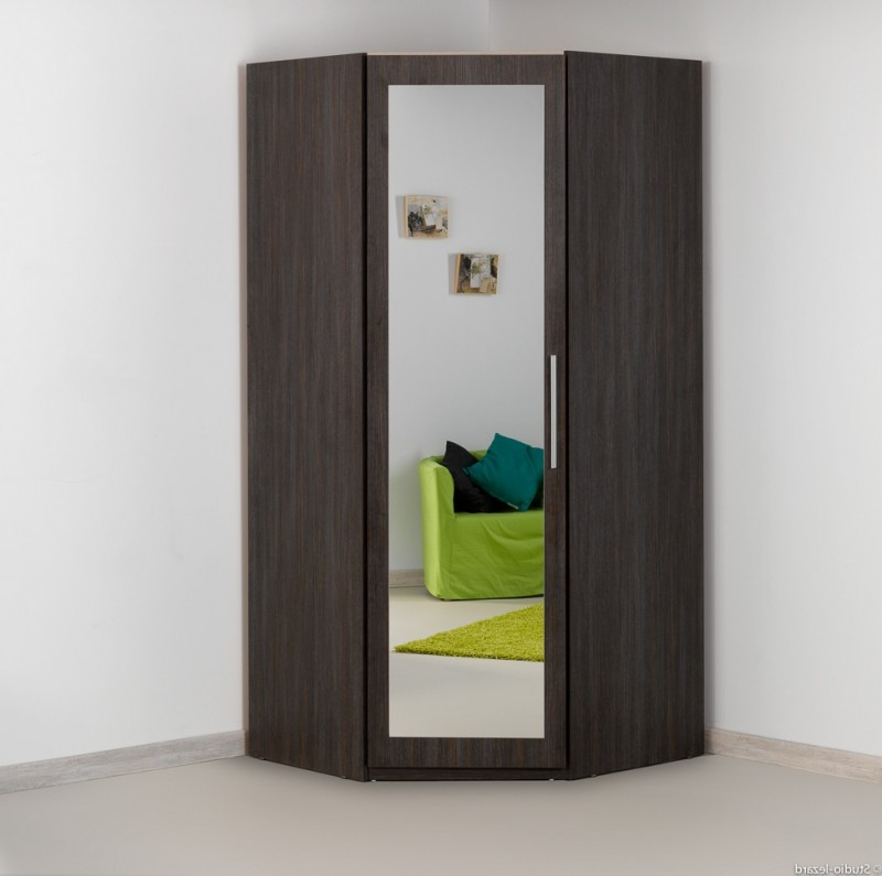 Armoire d 39 angle chambre conforama chambre id es de for Decoration maison conforama