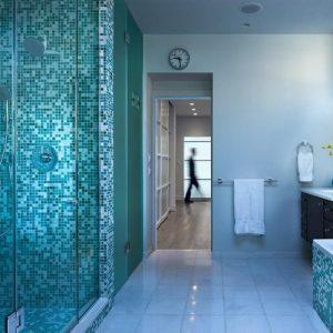 Stunning mosaique salle de bain bleu gallery bikeparty for Carrelage salle de bain bleu turquoise