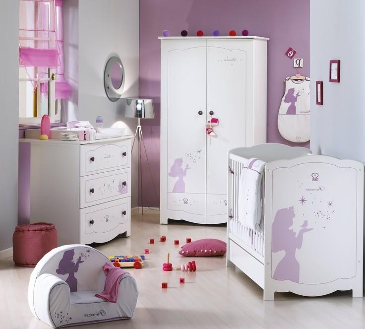 chambre bebe disney baby chambre id es de d coration. Black Bedroom Furniture Sets. Home Design Ideas