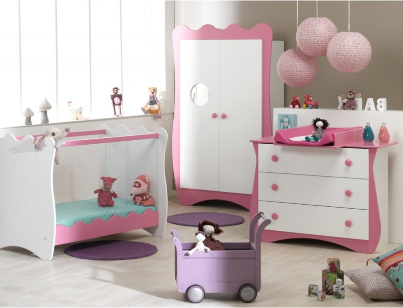 chambre bebe disney princesse chambre id es de d coration de maison 6adwzd2lr8. Black Bedroom Furniture Sets. Home Design Ideas