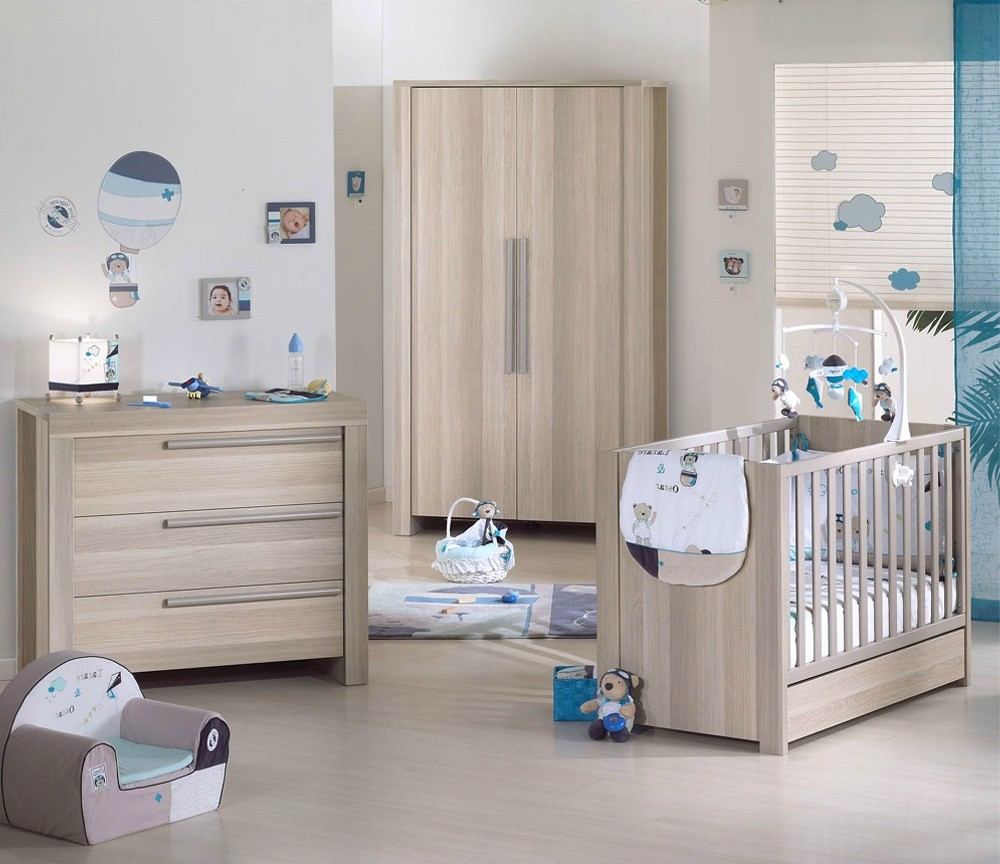 Lit bebe evolutif aubert cool hugo tiroir de lit bb with for Chambre bb aubert