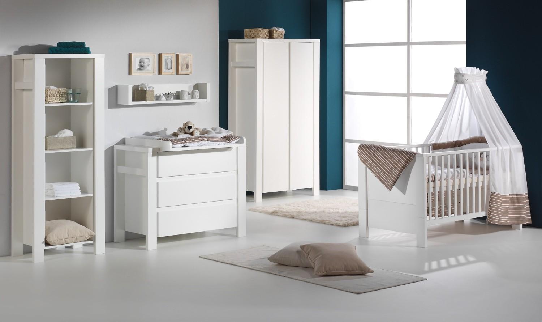 chambre de b b complete but chambre id es de d coration de maison gxl6aaqn67. Black Bedroom Furniture Sets. Home Design Ideas