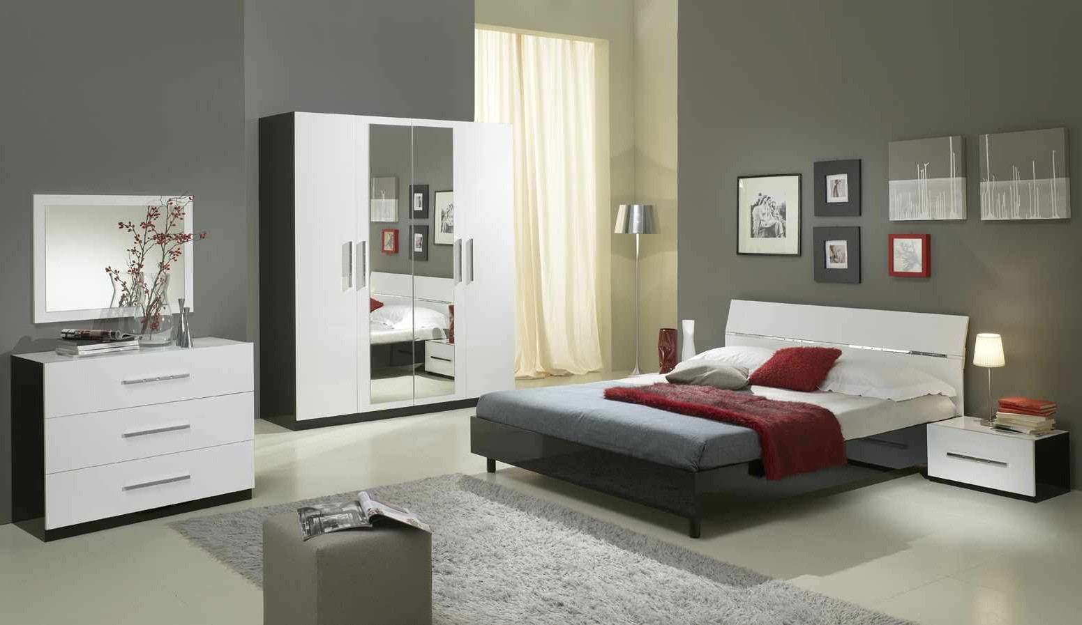 commode chambre adulte ikea chambre id es de. Black Bedroom Furniture Sets. Home Design Ideas
