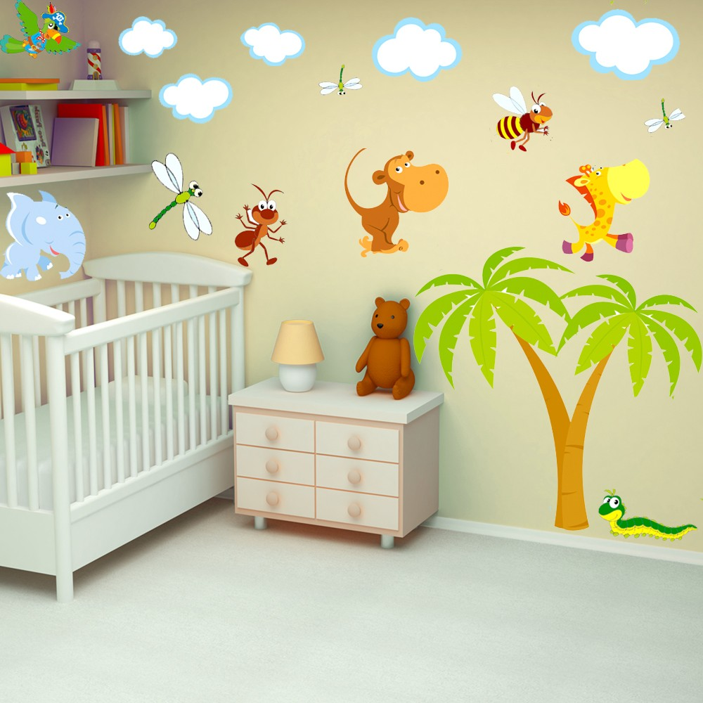 Deco chambre bebe animaux de la jungle chambre id es for Decoration chambre jungle