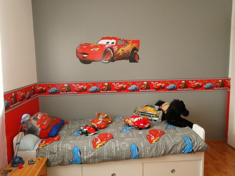 Decoration chambre garcon cars 175757 la for Decoration chambre cars