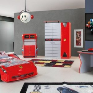 Deco chambre garcon voiture chambre id es de for Decoration maison voiture