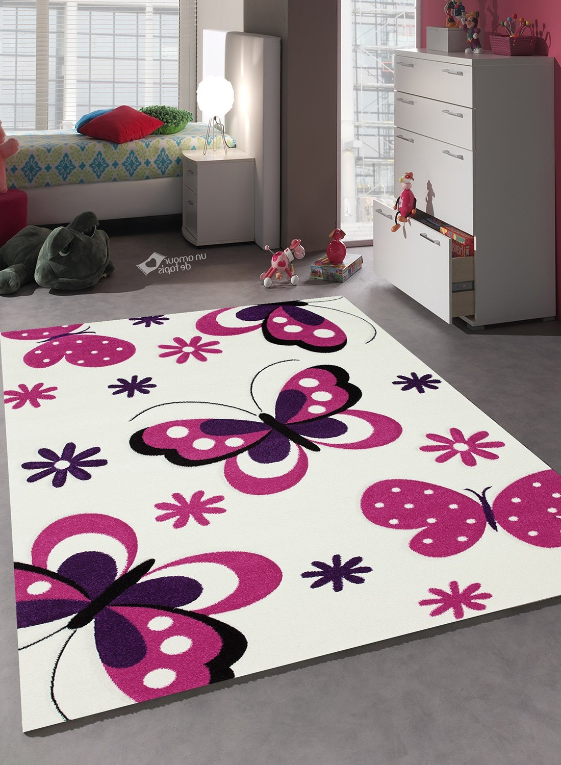 tapis chambre bebe fille papillon with tapis chambre bebe. Black Bedroom Furniture Sets. Home Design Ideas