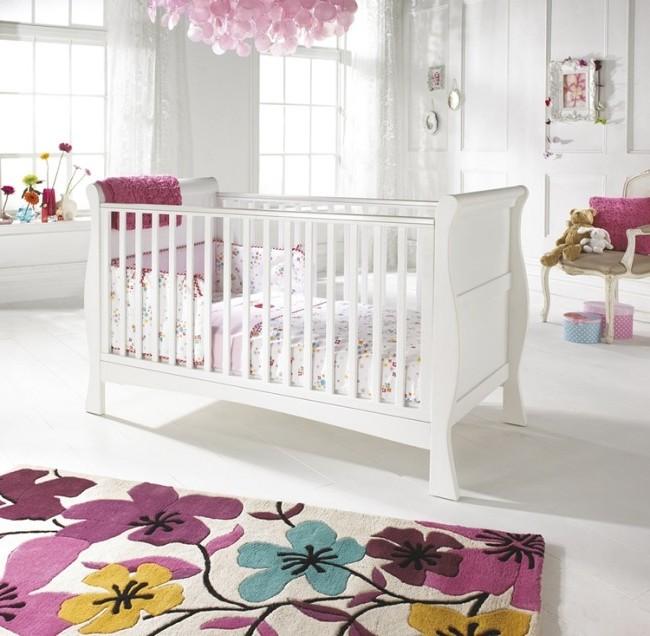 tapis pour chambre de b b chambre id es de d coration de maison rwnqypxn8m. Black Bedroom Furniture Sets. Home Design Ideas
