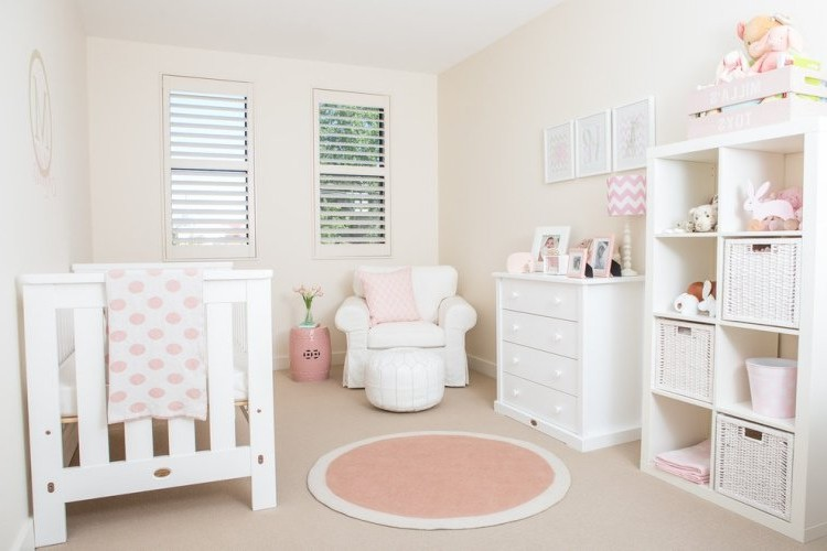 accessoire chambre b b fille chambre id es de d coration de maison ggbmryxnxw. Black Bedroom Furniture Sets. Home Design Ideas