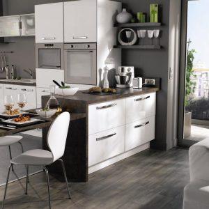 am nager petite cuisine ouverte cuisine id es de d coration de maison ggbm4wodxw. Black Bedroom Furniture Sets. Home Design Ideas