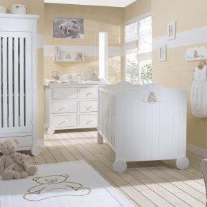 chambre bebe blanche et beige chambre id es de. Black Bedroom Furniture Sets. Home Design Ideas