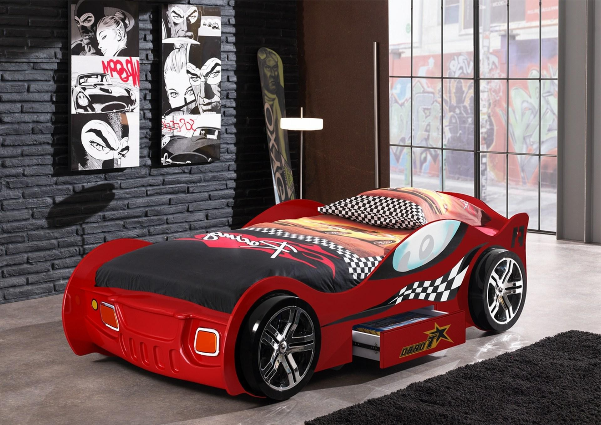 excellent chambre garcon lit voiture with lit voiture garcon. Black Bedroom Furniture Sets. Home Design Ideas