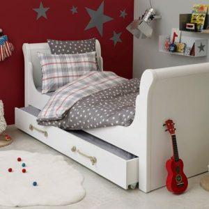 chambre pour garcon de 16 ans chambre id es de d coration de maison v9lpo77no3. Black Bedroom Furniture Sets. Home Design Ideas