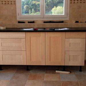 meuble bas de cuisine en bois brut cuisine id es de. Black Bedroom Furniture Sets. Home Design Ideas