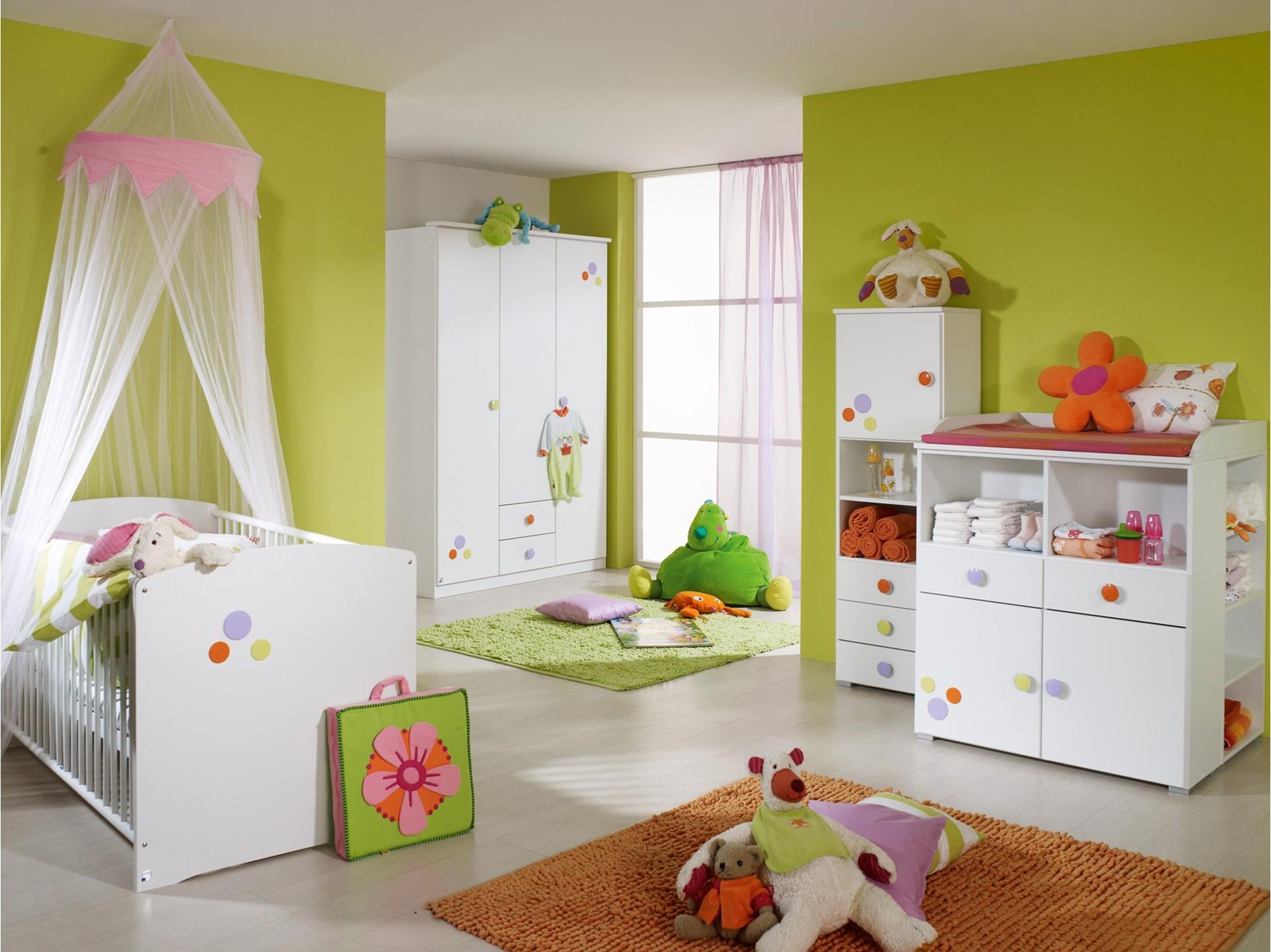 tapis de chambre bebe winnie chambre id es de. Black Bedroom Furniture Sets. Home Design Ideas