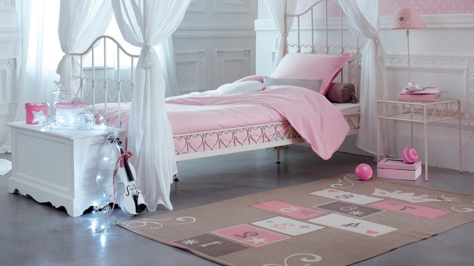 tapis rose chambre bebe fille chambre id es de. Black Bedroom Furniture Sets. Home Design Ideas
